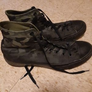 Converse camouflage high tops size 11
